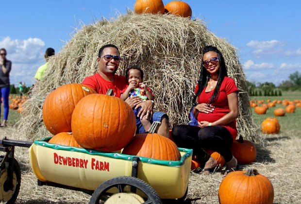 Family at Dewberry Farms pumpkin patch