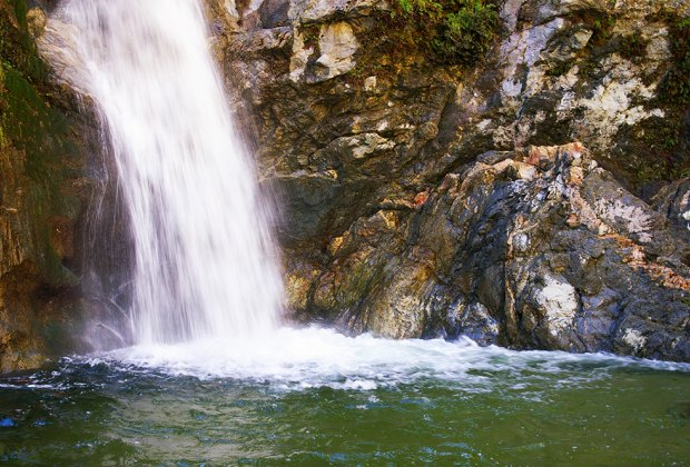 Waterfall Hikes Every LA Family Should Know: Eaton Canyon