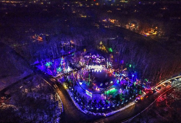 Halloween Music Events In The Hudson Valley 2020.Outrageous Holiday Light Displays In The Lower Hudson Valley