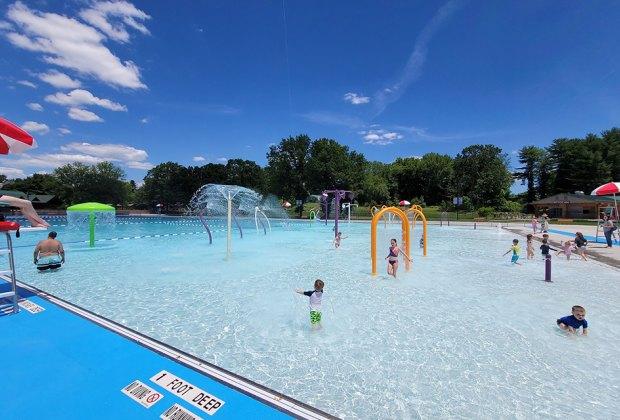 Splash pad attraction at Franklin D. Roosevelt State Park Pool