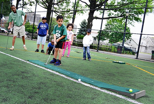 Free summer sports and outdoor programs for nyc kids for Nyc kids activities today