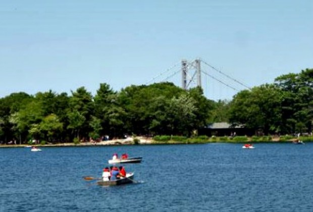 Bear Mountain State Park boasts a zoo, a carousel and the lovely Hessian Lake