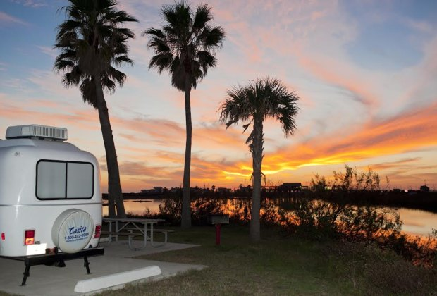 Campgrounds Near Houston to Make Your Family Fall in Love