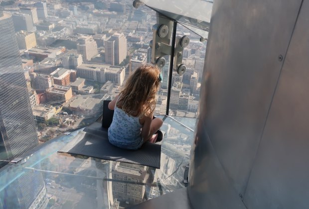 Skyslide The Thrill Ride High Above Downtown La At Oue Skyspace