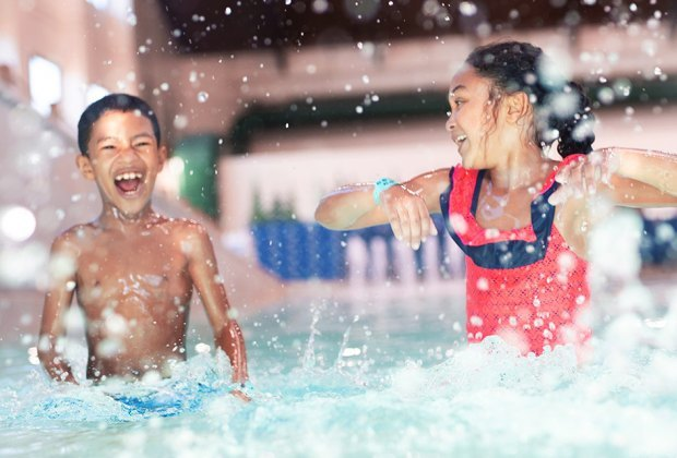 Things To Do with Chicago Kids Over Spring Break: Stay and Play at Great Wolf Lodge