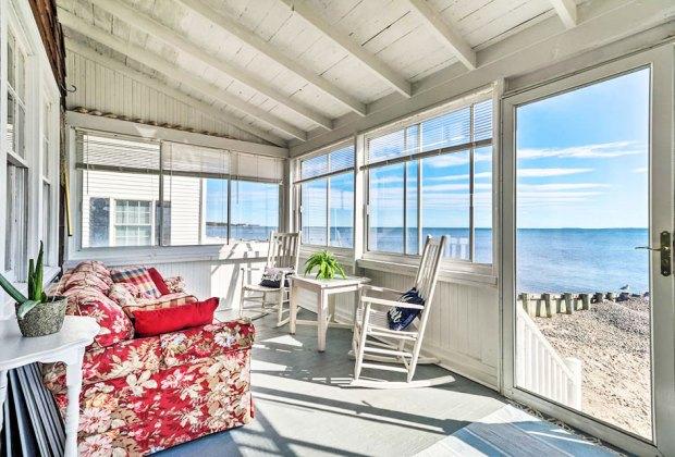 beach cottage sun porch overlooking the ocean