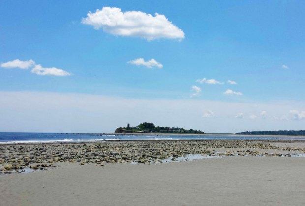 7 Hidden Gem Beaches for Families near Boston: Humarock Beach