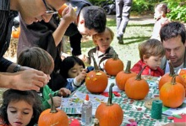 free fun things to do this weekend for nyc kids halloween celebrations harvest festivals day of the dead october 19 20 - Best Halloween Celebrations