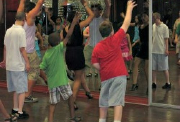Special needs dance classes for nyc kids mommy poppins for Things to do with kids today in nyc