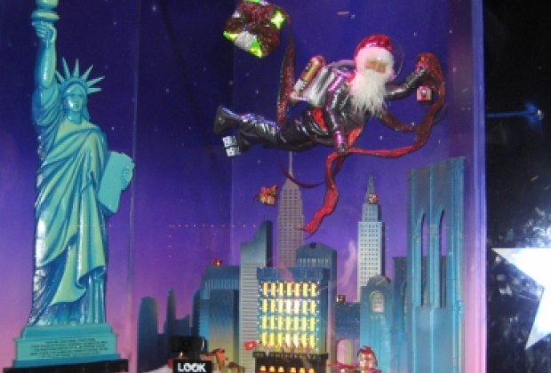 Santa in NYC at Bloomingdales