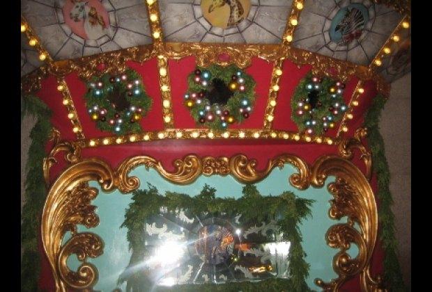 Tiffany & Co's carousel-themed windows