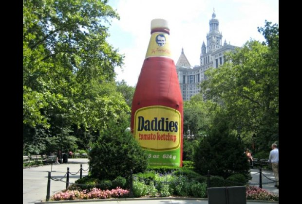 Common Ground in City Hall Park: If this is the ketchup bottle, how big are the French fries?