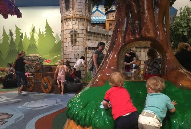 25+ Free Things to Do Indoors in Houston With Kids