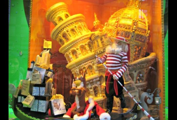 Bloomingdale's windows celebrate the holidays around the world, including Italy...