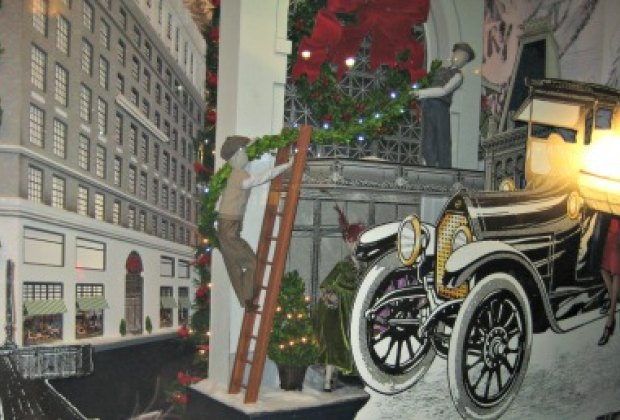 Lord & Taylor's fashionable windows evoke NYC's old Ladies' Mile