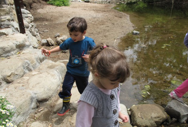 LA Restaurants with Outdoor Seating for Kids: Inn of the Seventh Ray is right next to a creek where kids can play