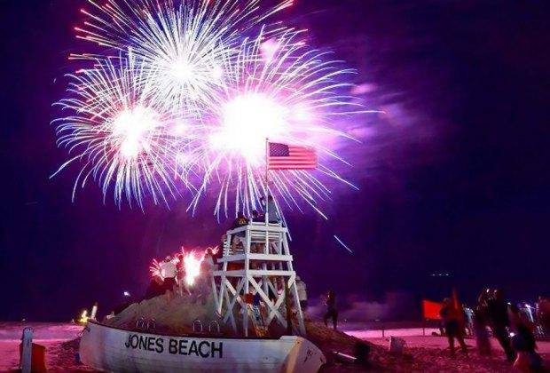 Fireworks at Jones Beach