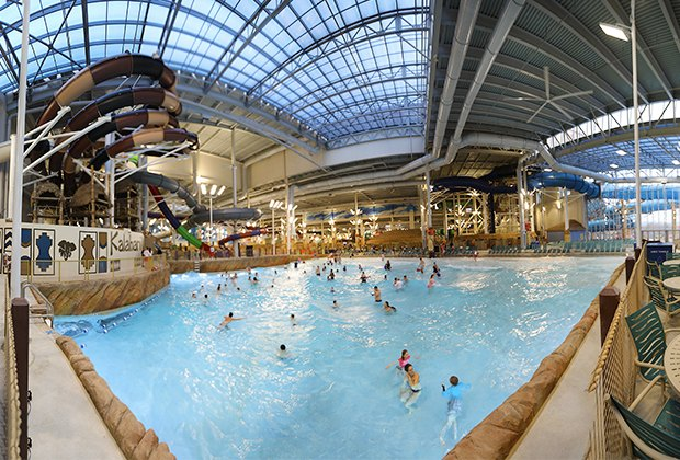 Largest indoor water park in the us opens at kalahari for Things to do in nyc for kids today