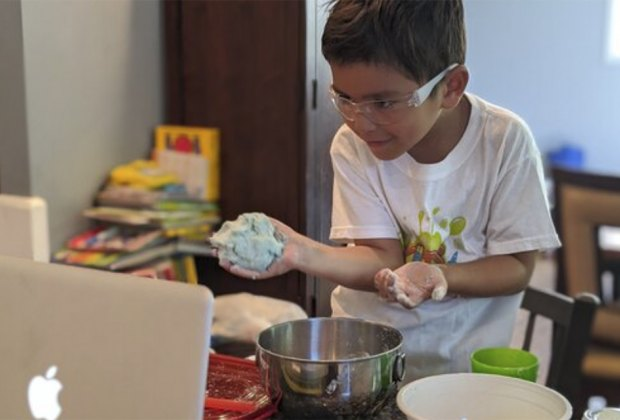 The Best Indoor Birthday Party Spots for Chicago Kids: Kids' Science Labs