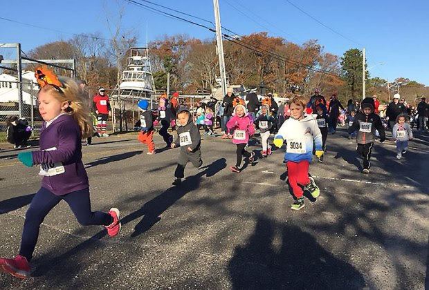 Thanksgiving Day Runs for Long Island Families