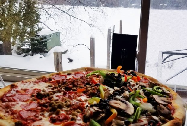 Ere's Pizza A pizza and Mirror Lake Things to Do in Lake Placid on a Winter Vacation Status message