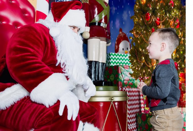 Take photos with Santa after seeing holiday lights. Photo courtesy of Lake Compounce