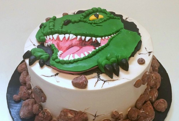 Fantastic These Bakeries Make The Best Birthday Cakes In Los Angeles Funny Birthday Cards Online Elaedamsfinfo