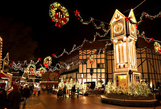 Christmas Events Upstate Ny 2020 14 Christmas Towns and Santa's Villages That Absolutely Sparkle