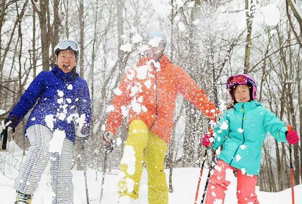 Christmas Shows In Nyc For Jids 2020 9 Family Friendly Ski Areas Near NYC For Your Next Winter Getaway