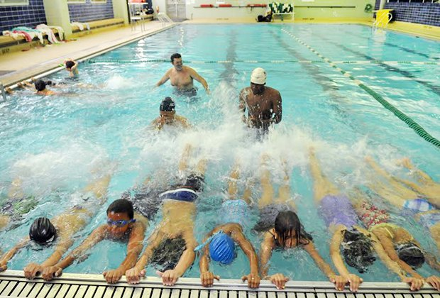 8 Swim Lesson Options For Kids And Babies In Queens