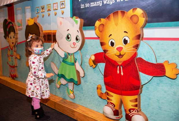 Daniel Tiger's Neighborhood: at Liberty Science Center! girl at the exhibit NJ staycation