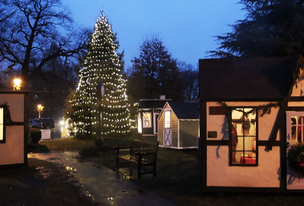 Enjou Maplewood's Christmas spirit in the Dicken Village