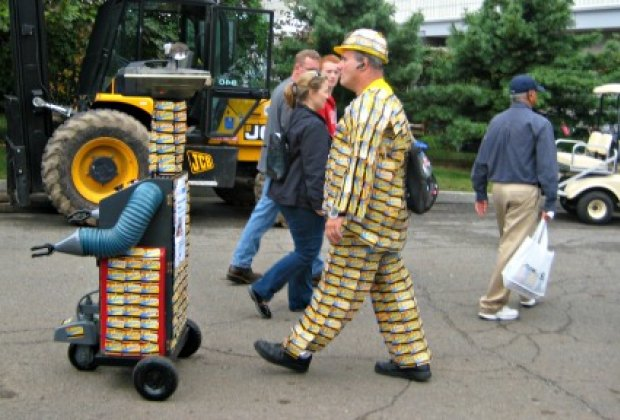MetroCard Man and his funky robot