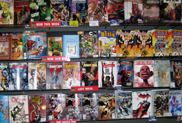 Browsing the latest releases at Midtown Comics