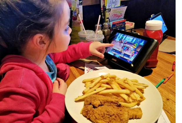 Long Island Restaurants With Fun Entertainment For Kids