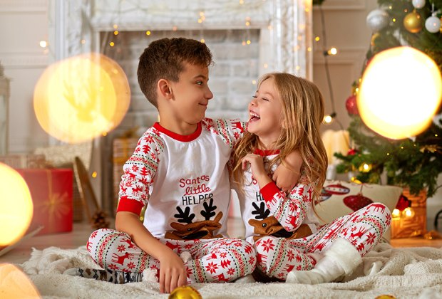 25 christmas jokes for kids and holiday riddles mommypoppins things to do in new york city with kids 25 christmas jokes for kids and holiday