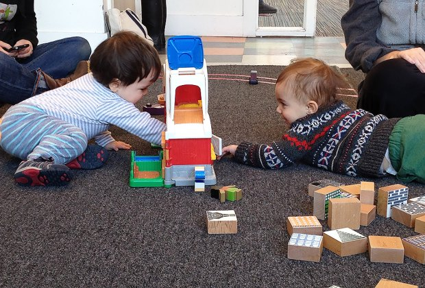 Philly Art Center Creative Playgroup  offers a fun and creative environment for babies and toddlers.