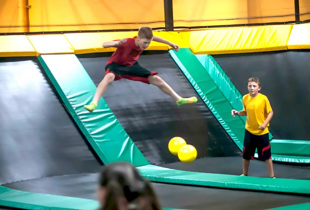 Trampoline And Bounce Houses Where Nj Kids Can Get Aerial