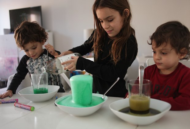 50 Easy Science Experiments for Kids Using Household Stuff