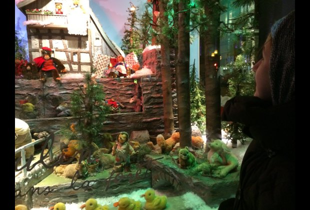 The animated Christmas windows at Maison Ogilvy