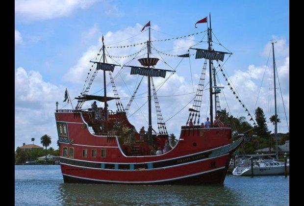 Captain Memos Pirate Cruise