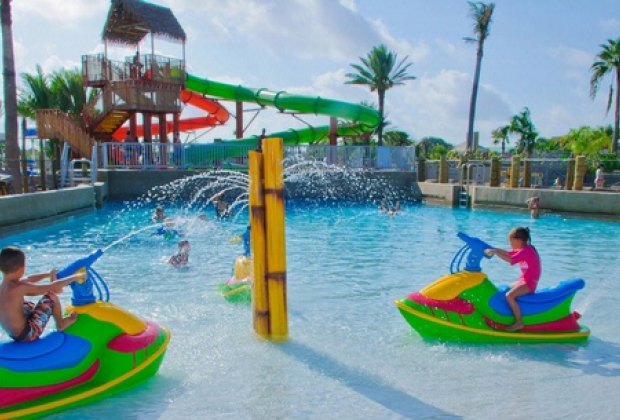Splash Swim At These Water Parks In And Near Houston