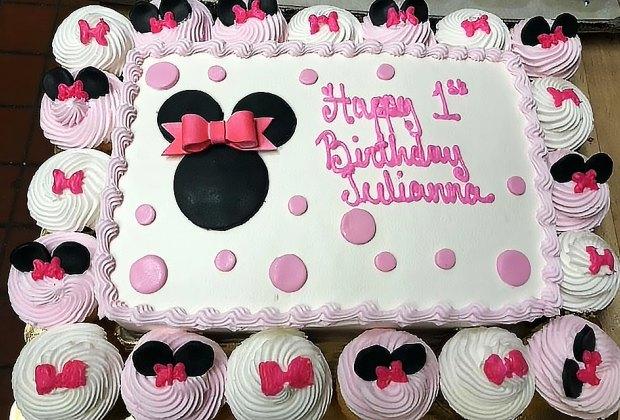 Incredible A Dozen Amazing Birthday Cake Bakeries For Li Kids Mommypoppins Funny Birthday Cards Online Amentibdeldamsfinfo