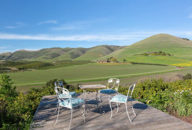 California Vacation Home Rentals for Families:Pick fruits and see peacocks at this farm stay.