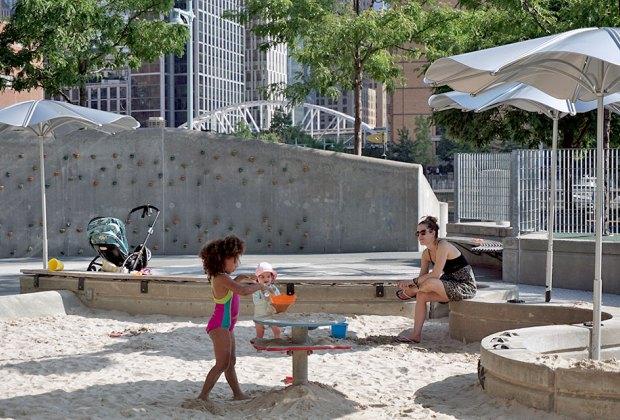 Pier 25 sandbox