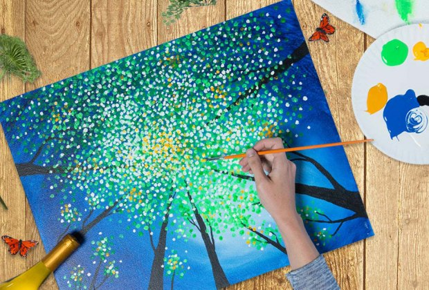 Pinot's Palette offers virtual arts and crafts classes