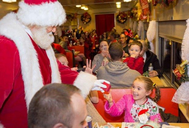 Christmas Train Ride Nj.8 Polar Express And Other Christmas Train Rides Near Boston