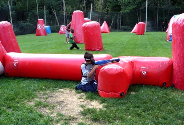 Laser Tag And Paintball In New Jersey With Kids Mommypoppins Things To Do In New Jersey With Kids