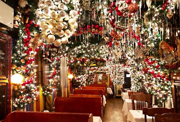Christmas Restaurant Nyc.Santa In The City 50 Awesome Santa Activities For Nyc Kids