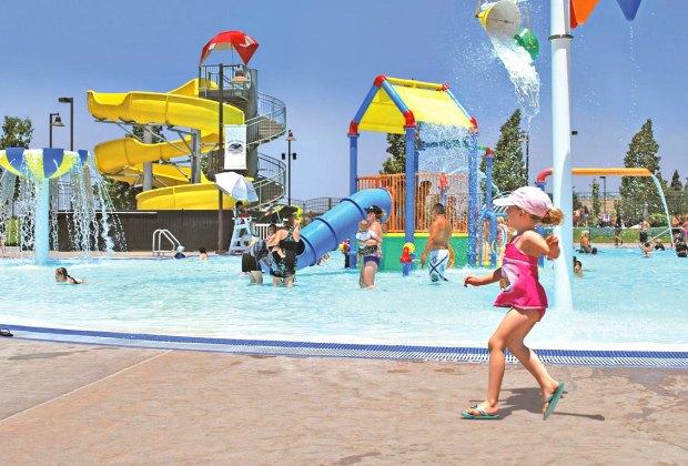 Santa Clarita Aquatic Center. Photo courtesy of City of Santa Clarita
